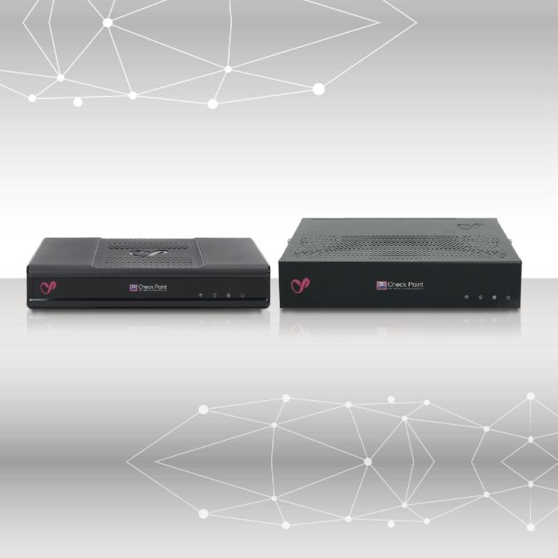 福岡のICT情報通信企業のインフィニティが運営管理する安全・安心なインフィニティサーバーが提供する統合脅威管理システムは、ネット情報の出入口をUTM機器とSecurity対策ソフトの連携で一元管理して、サイバー空間の脅威(サイバー危機・サイバー攻撃・サイバーアタック・サイバーテロ・サイバー犯罪)から二重に防御(危機管理・リスクマネージメント・サイバーセキュリティ・サイバー防御・サイバーディフェンス)してくれ、業務システムの安定稼働と業務データの維持保全には欠かせないのが大きな特長の安全・安心なシステムです。